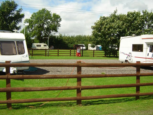 Amazing UK Private Static Caravan Hire At Weir Meadow Evesham Worcestershire